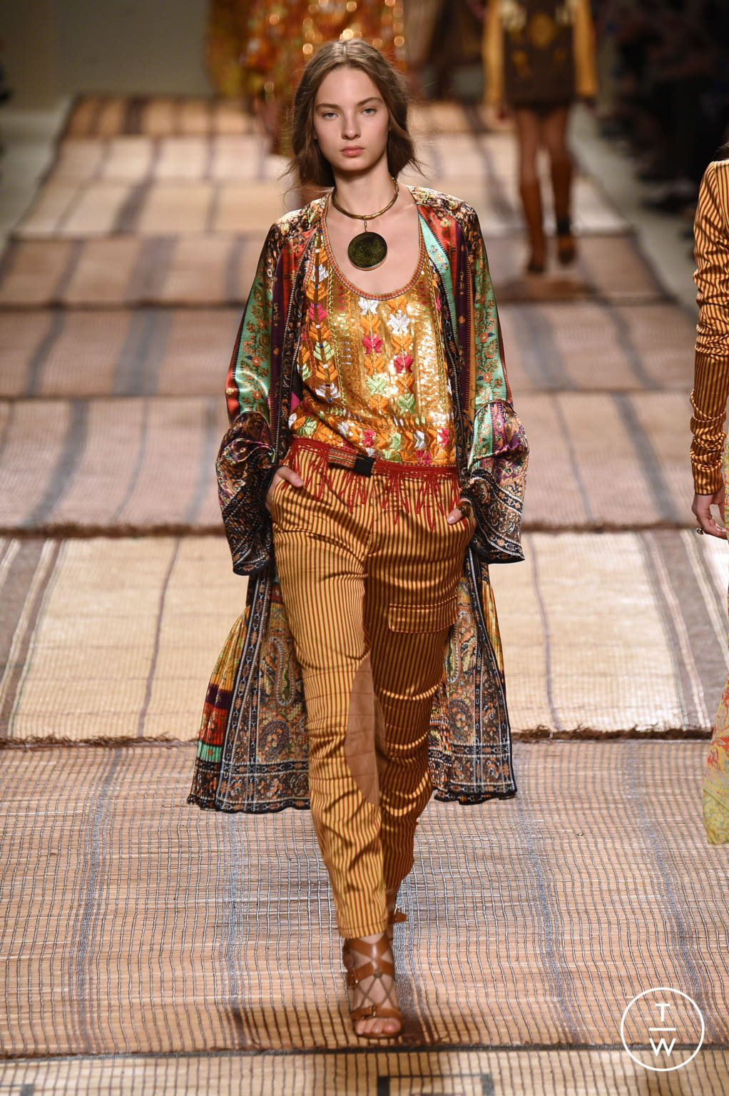 Fashion Week Milan Spring/Summer 2017 look 22 from the Etro collection 女装