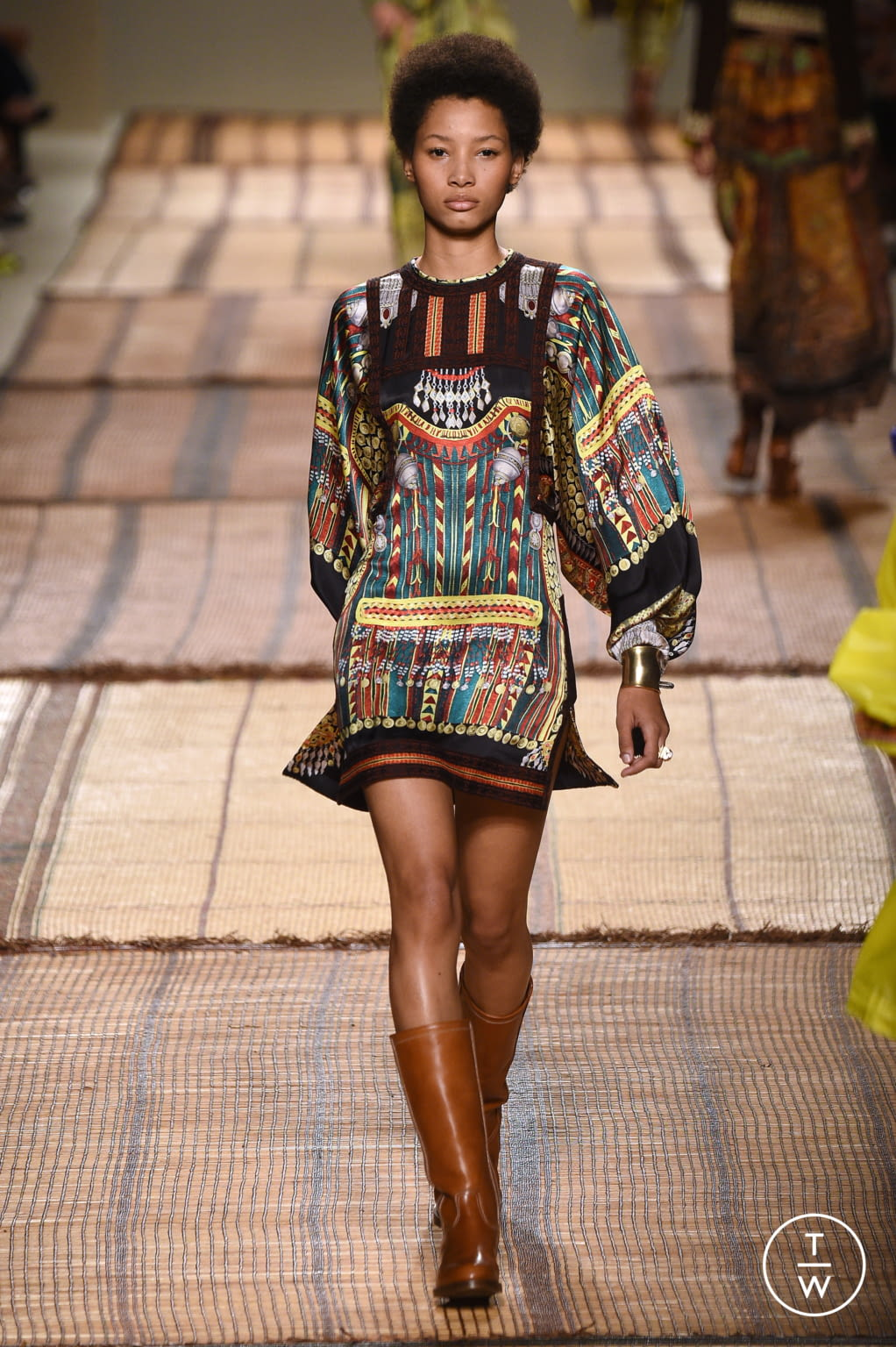 Fashion Week Milan Spring/Summer 2017 look 29 from the Etro collection womenswear