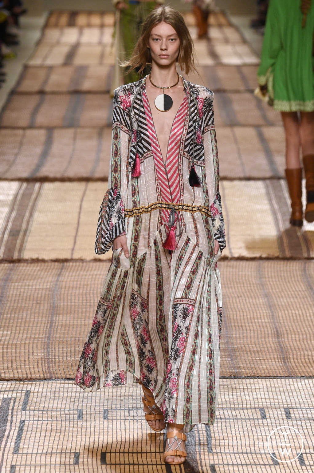Fashion Week Milan Spring/Summer 2017 look 36 from the Etro collection 女装