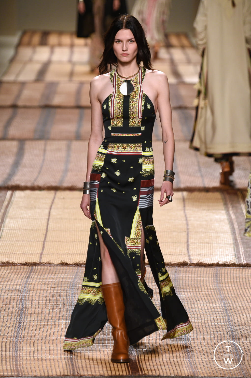 Fashion Week Milan Spring/Summer 2017 look 39 from the Etro collection 女装