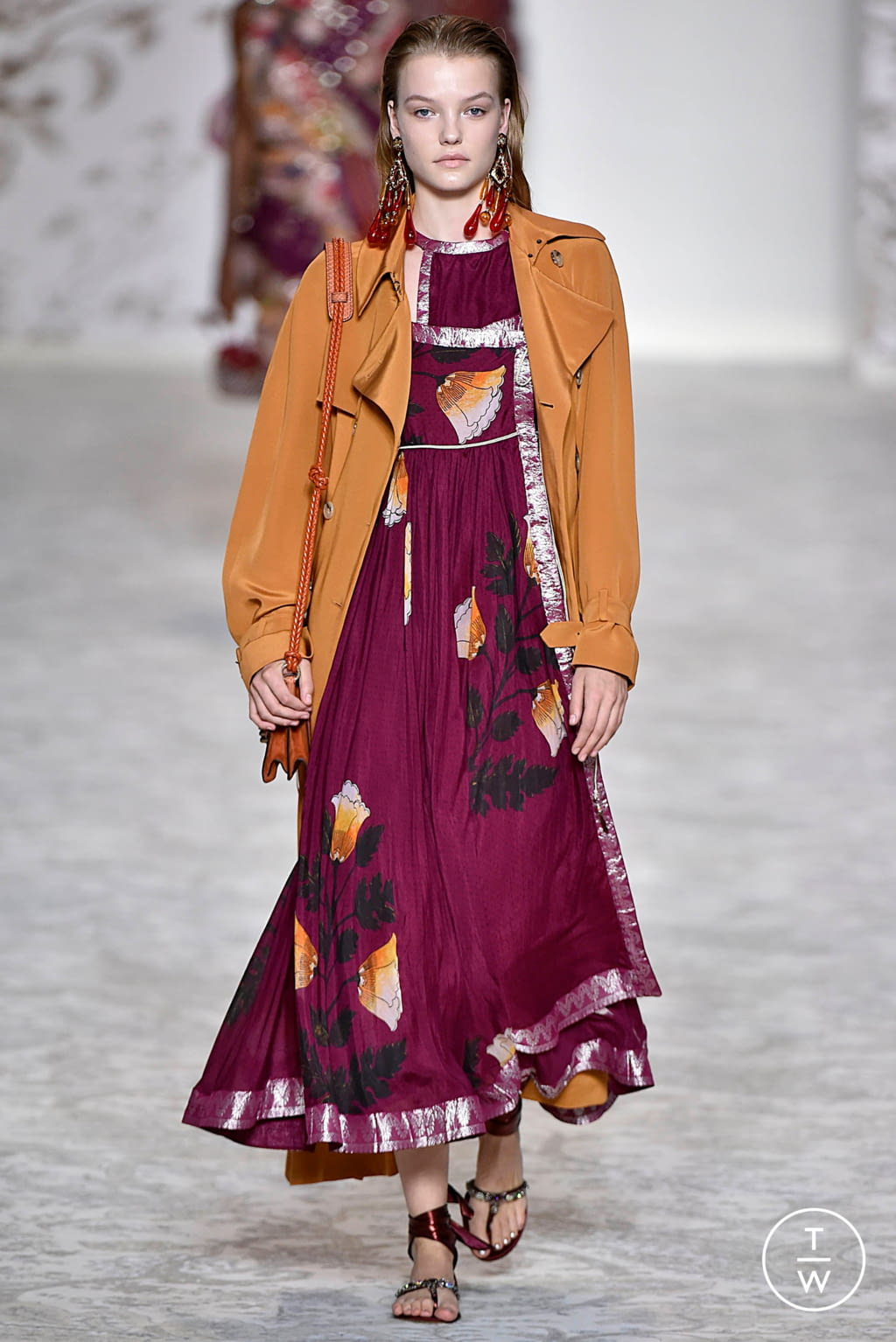 Fashion Week Milan Spring/Summer 2018 look 43 from the Etro collection 女装