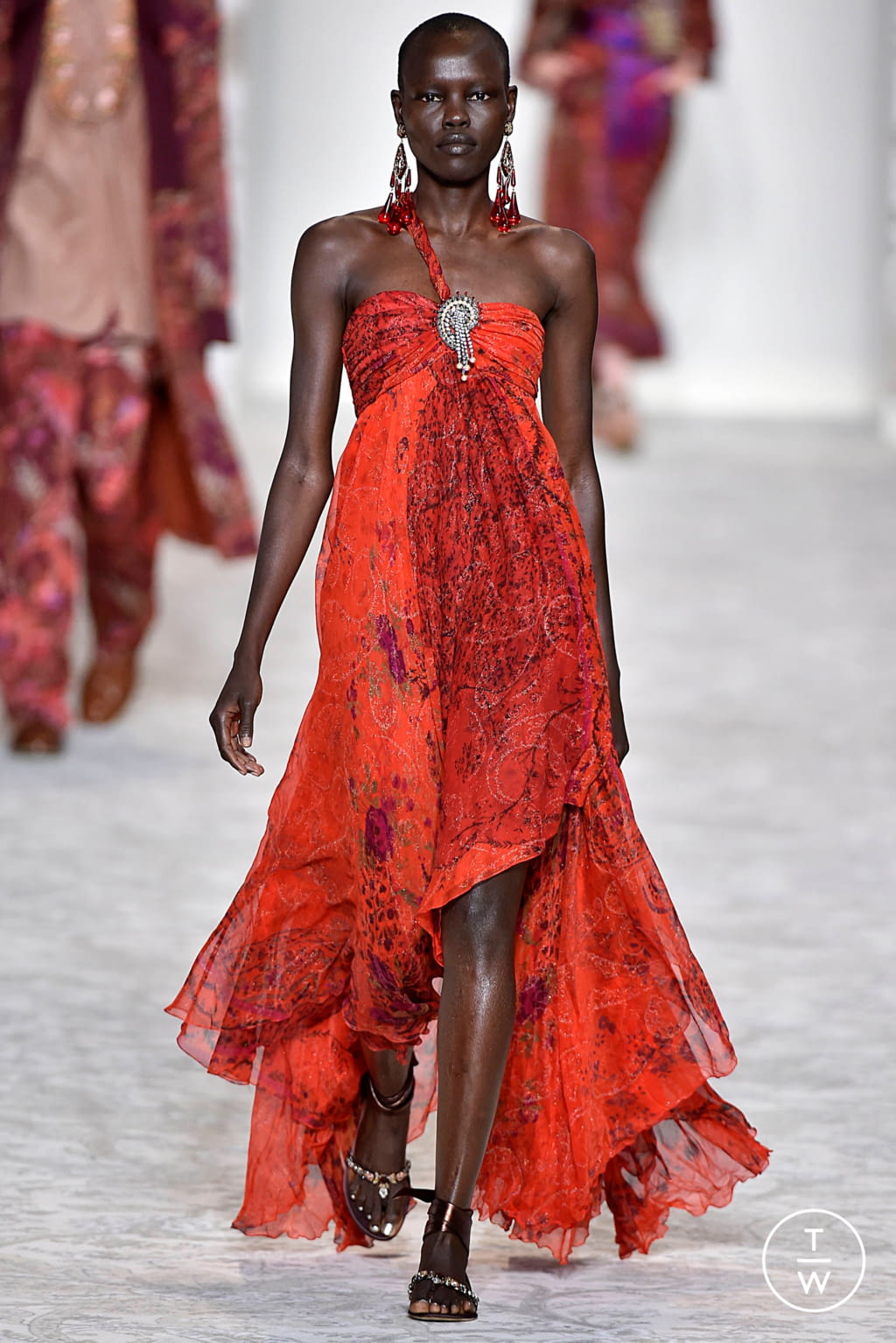 Fashion Week Milan Spring/Summer 2018 look 46 from the Etro collection 女装