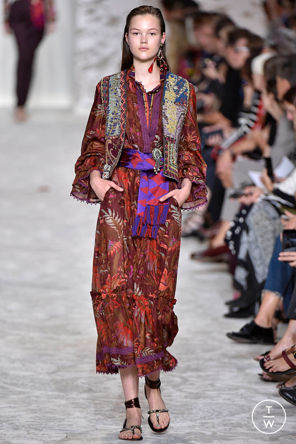 Fashion Week Milan Spring/Summer 2018 look 48 from the Etro collection womenswear