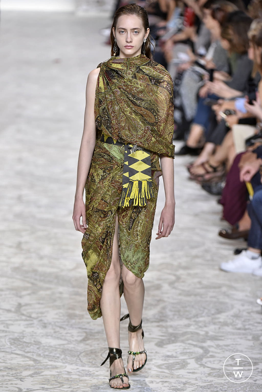 Fashion Week Milan Spring/Summer 2018 look 63 from the Etro collection 女装