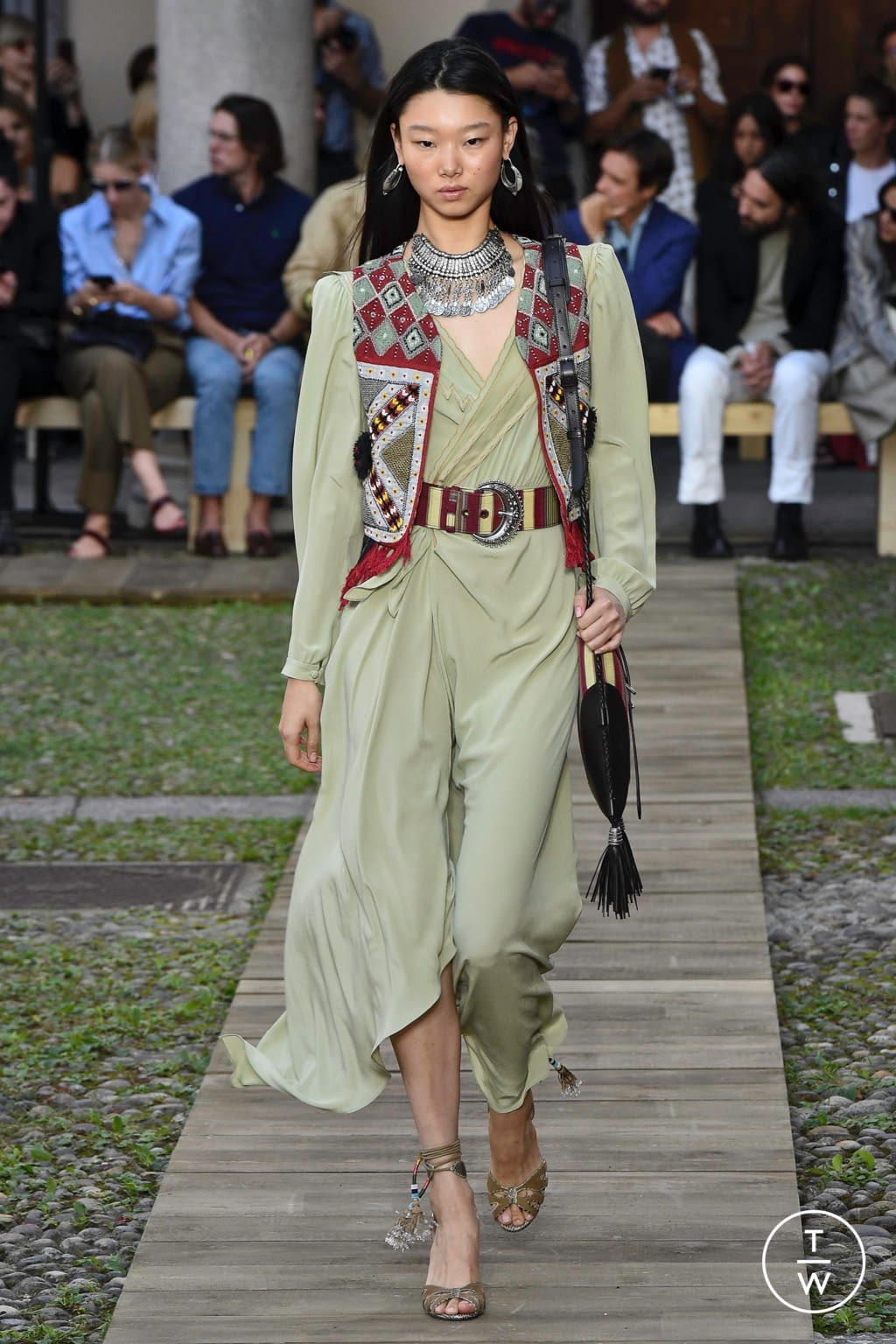 Fashion Week Milan Spring/Summer 2020 look 15 from the Etro collection womenswear