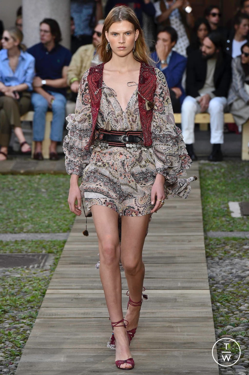 Fashion Week Milan Spring/Summer 2020 look 17 from the Etro collection womenswear