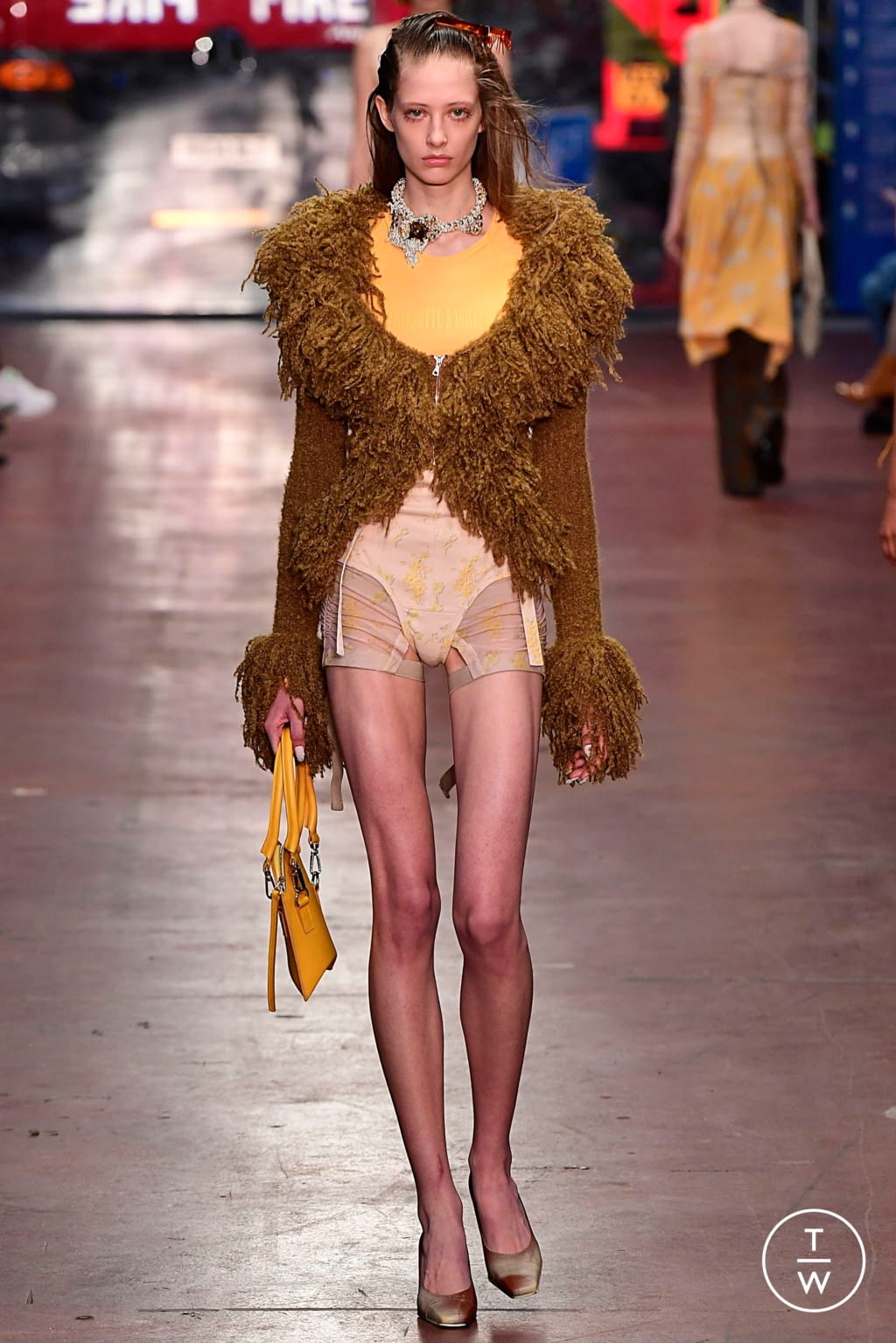 Fashion Week London Fall/Winter 2019 look 36 from the Fashion East collection 女装