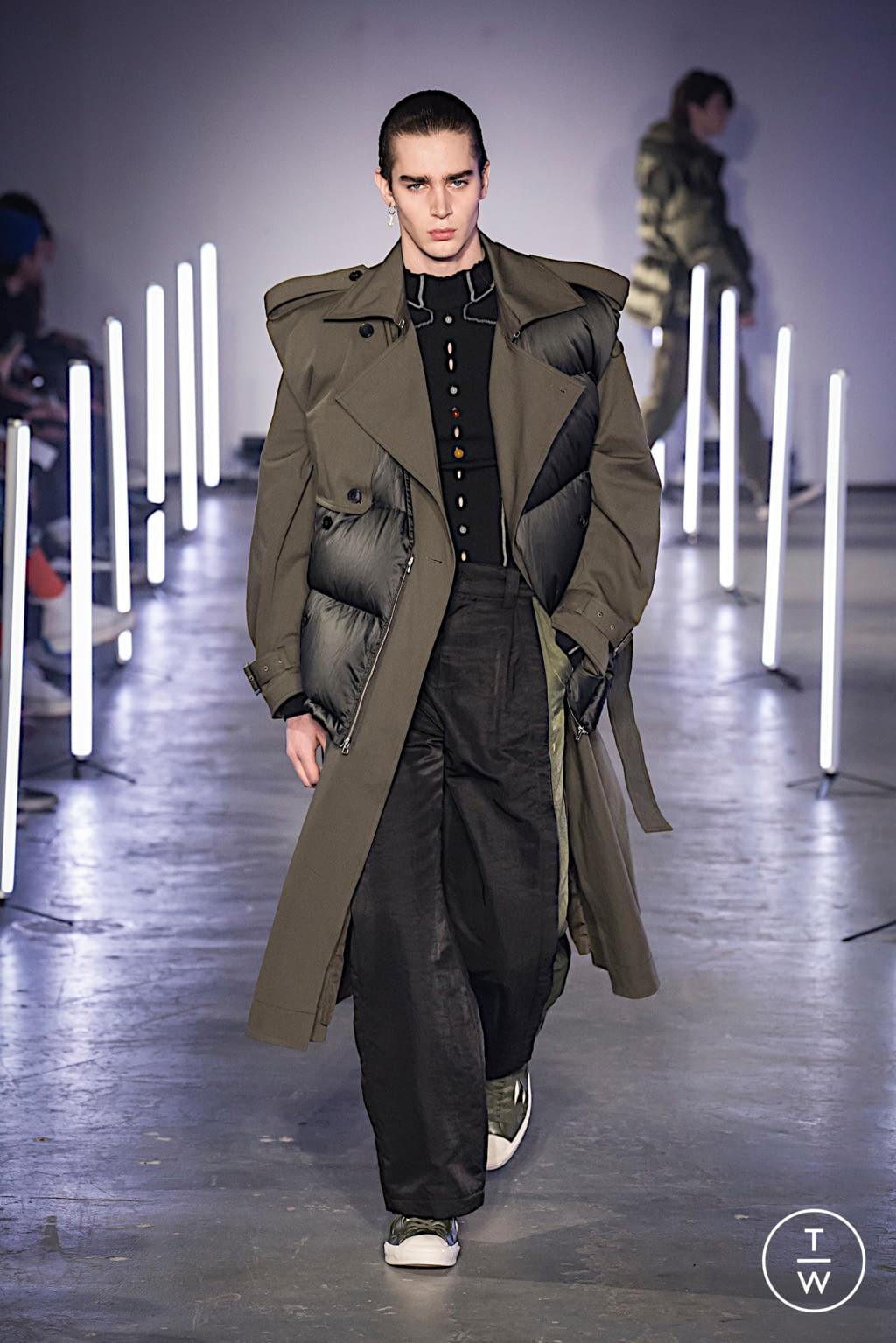 Fashion Week London Fall/Winter 2020 look 16 from the Feng Chen Wang collection menswear