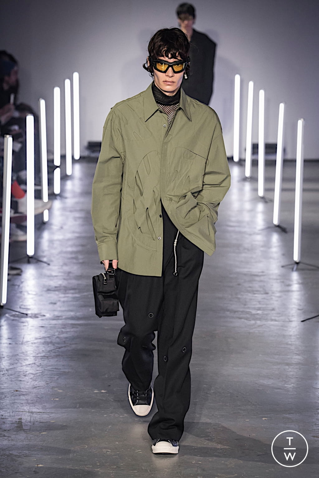 Fashion Week London Fall/Winter 2020 look 13 from the Feng Chen Wang collection menswear