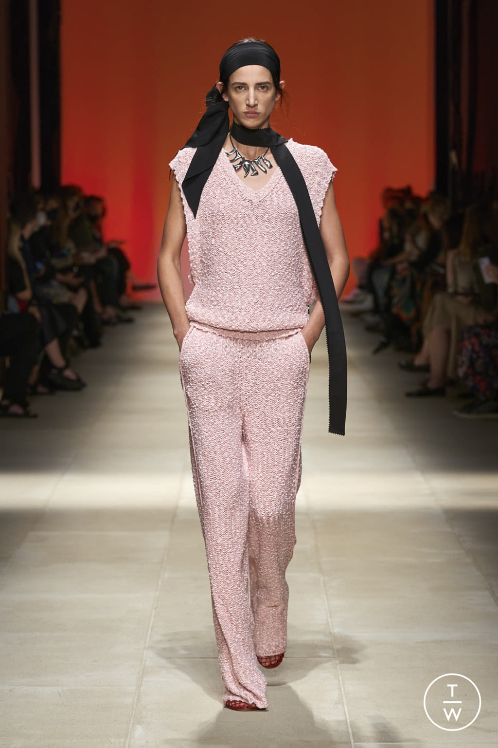 Fashion Week Milan Spring/Summer 2022 look 29 from the Salvatore Ferragamo collection womenswear