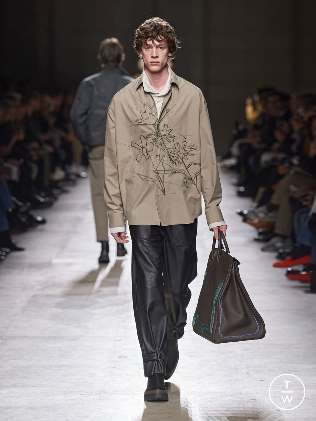 Fashion Week Paris Fall/Winter 2020 look 31 from the Hermès collection menswear