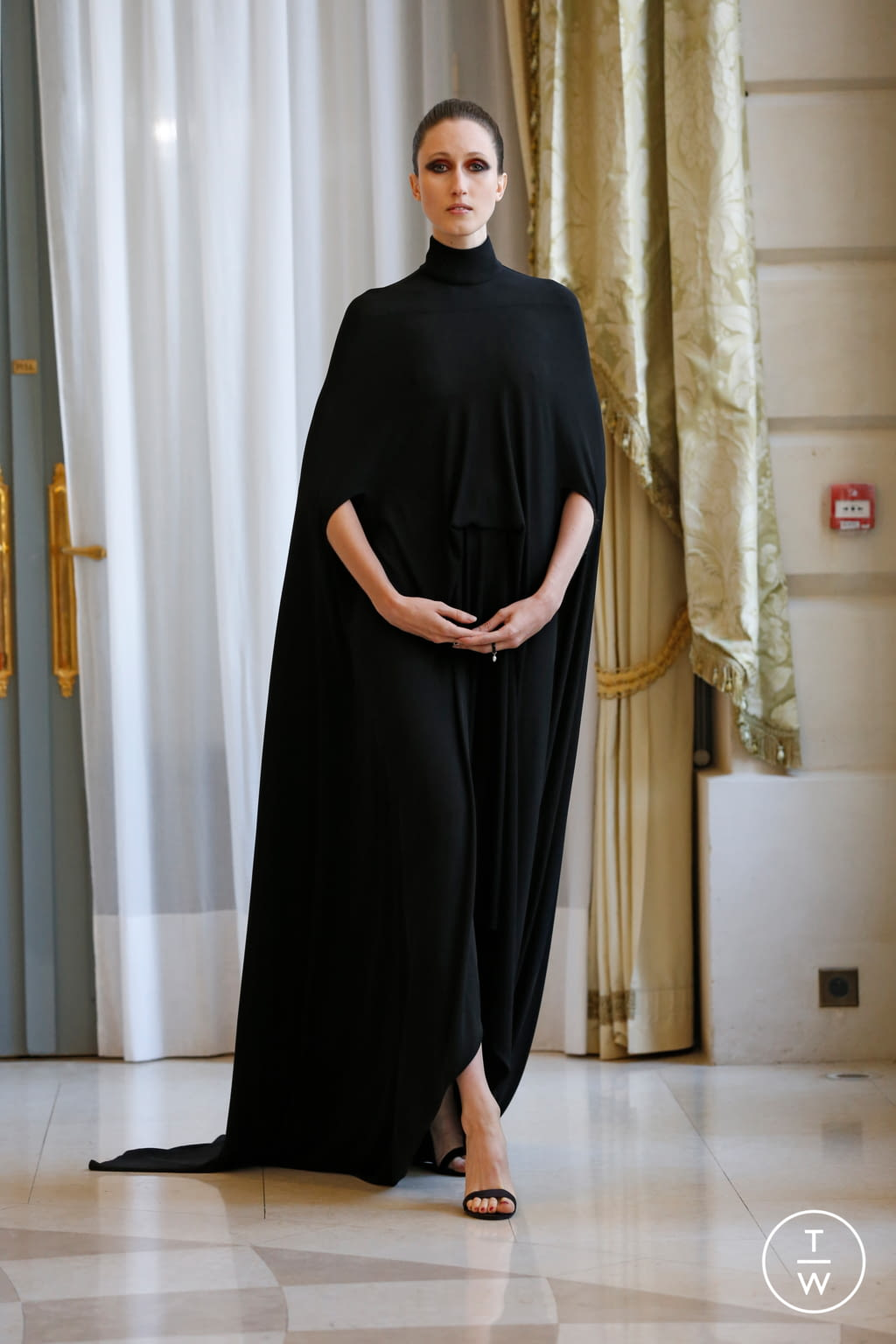 Fashion Week Paris Fall/Winter 2019 look 47 from the R331 collection couture