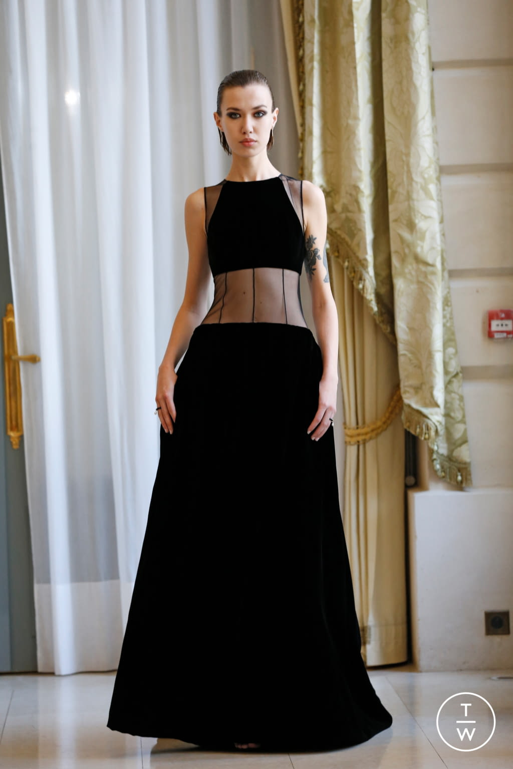 Fashion Week Paris Fall/Winter 2019 look 58 from the R331 collection couture