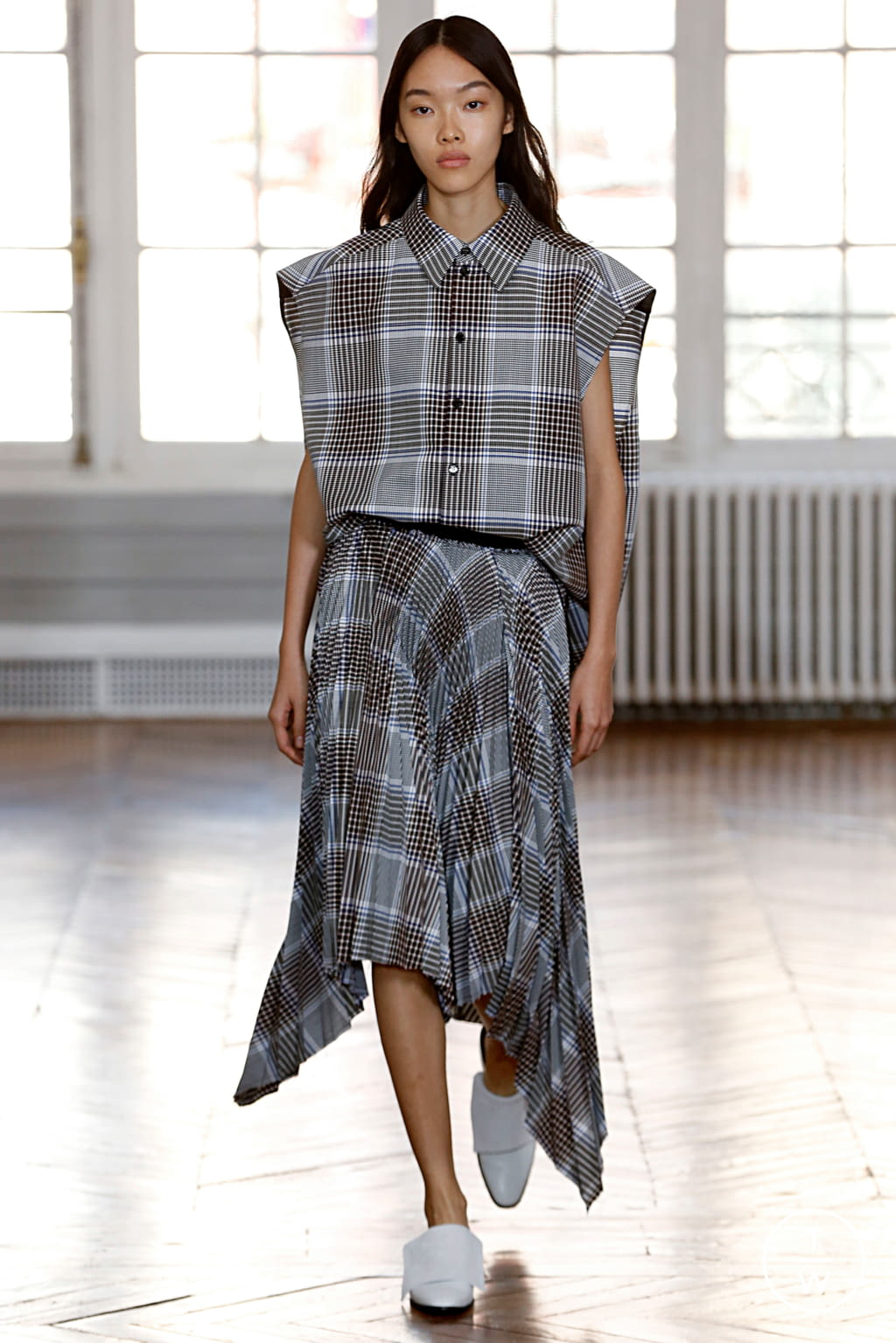 Fashion Week Paris Spring/Summer 2019 look 10 from the GAUCHERE collection womenswear