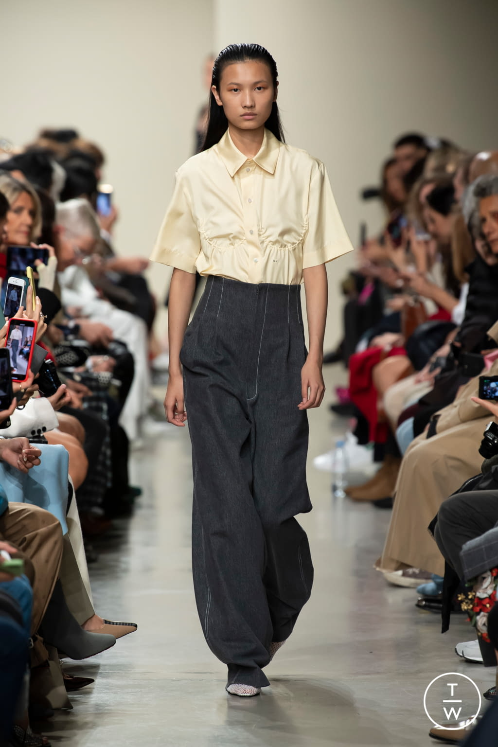 Fashion Week Paris Spring/Summer 2020 look 2 from the GAUCHERE collection womenswear