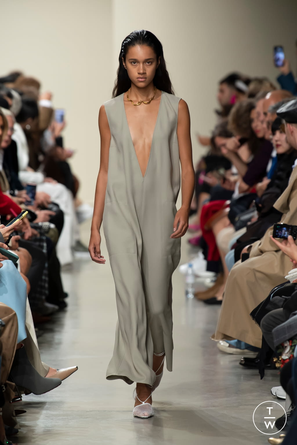 Fashion Week Paris Spring/Summer 2020 look 25 from the GAUCHERE collection womenswear