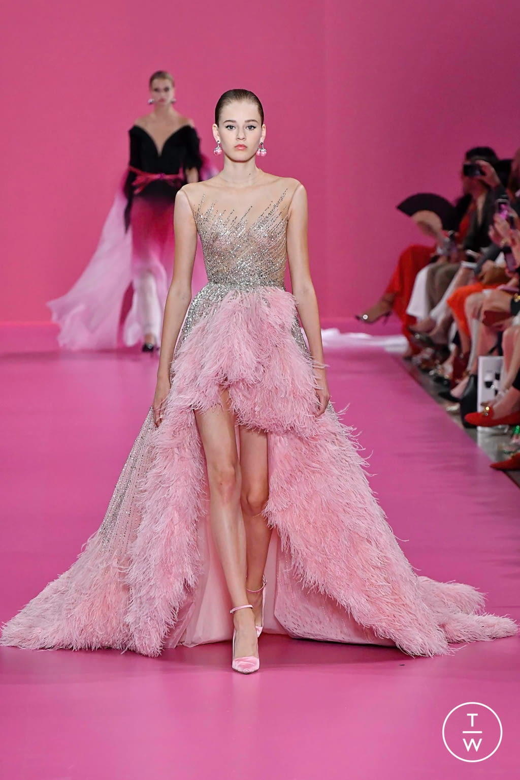 Fashion Week Paris Fall/Winter 2019 look 31 from the Georges Hobeika collection couture