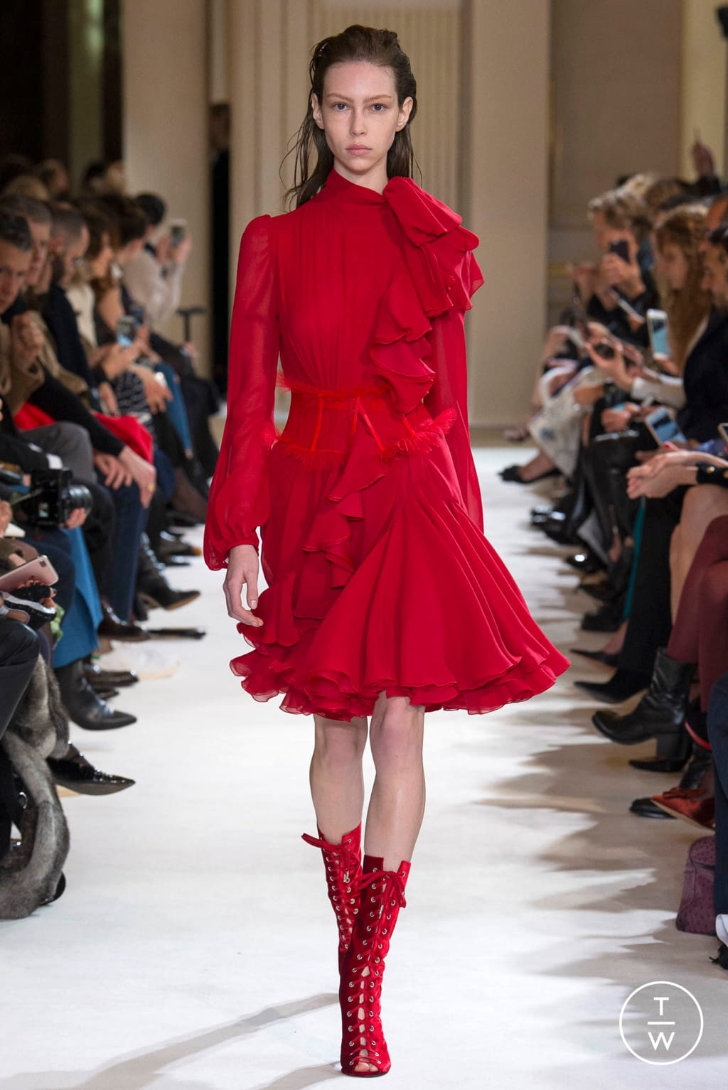 Fashion Week Paris Fall/Winter 2017 look 9 from the Giambattista Valli collection womenswear