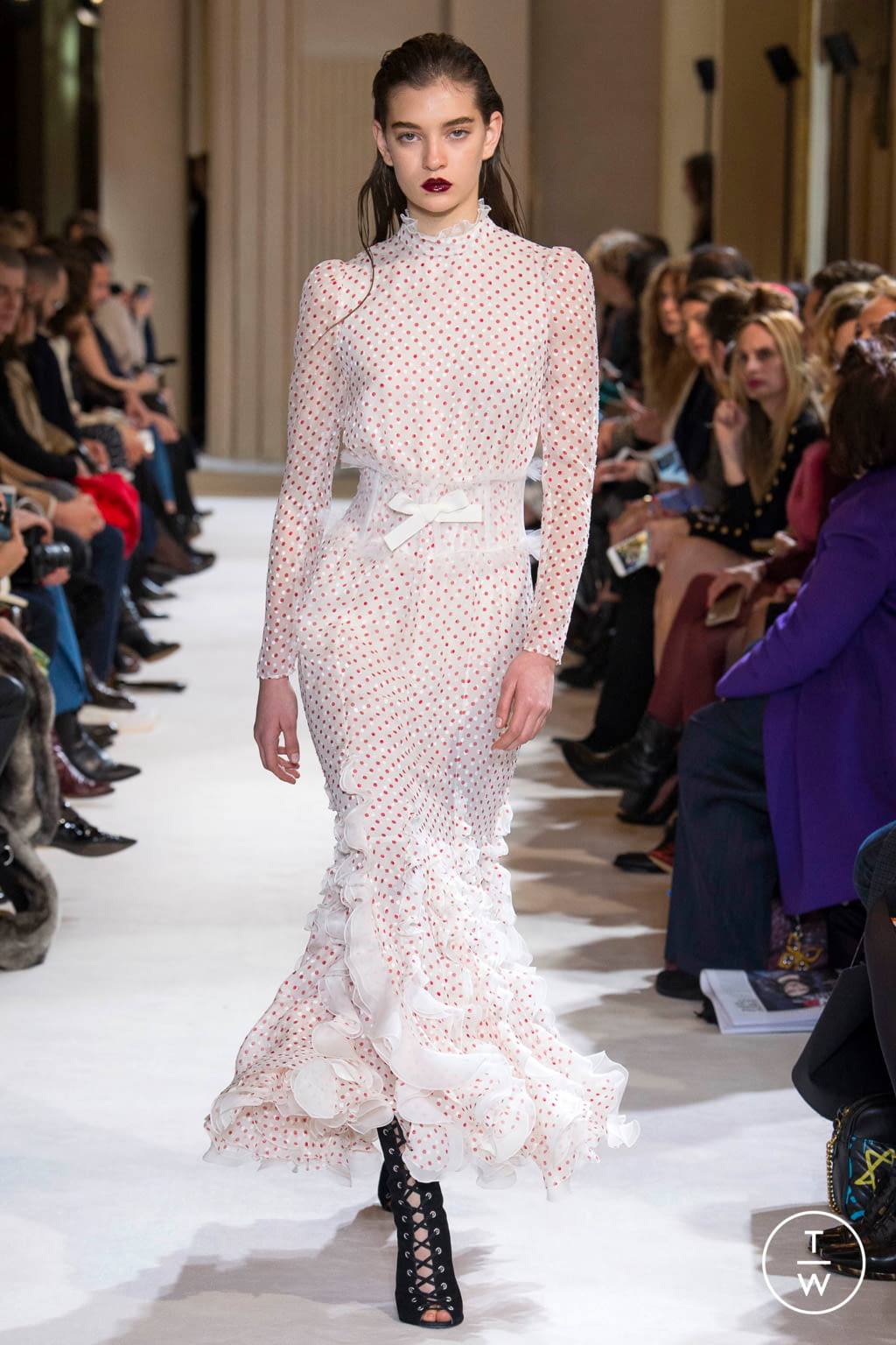 Fashion Week Paris Fall/Winter 2017 look 41 from the Giambattista Valli collection womenswear