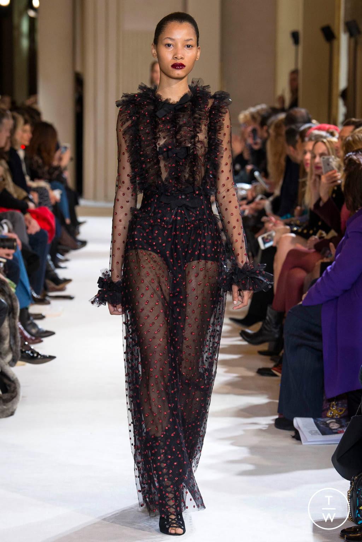 Fashion Week Paris Fall/Winter 2017 look 44 from the Giambattista Valli collection womenswear