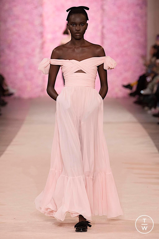 Fashion Week Paris Fall/Winter 2020 look 52 from the Giambattista Valli collection womenswear