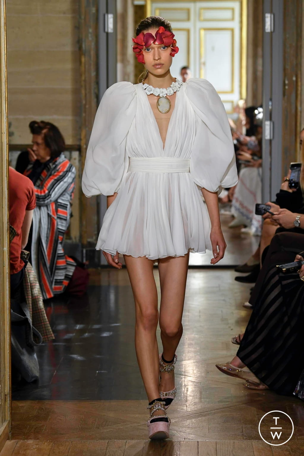 Fashion Week Paris Spring/Summer 2020 look 27 from the Giambattista Valli collection womenswear