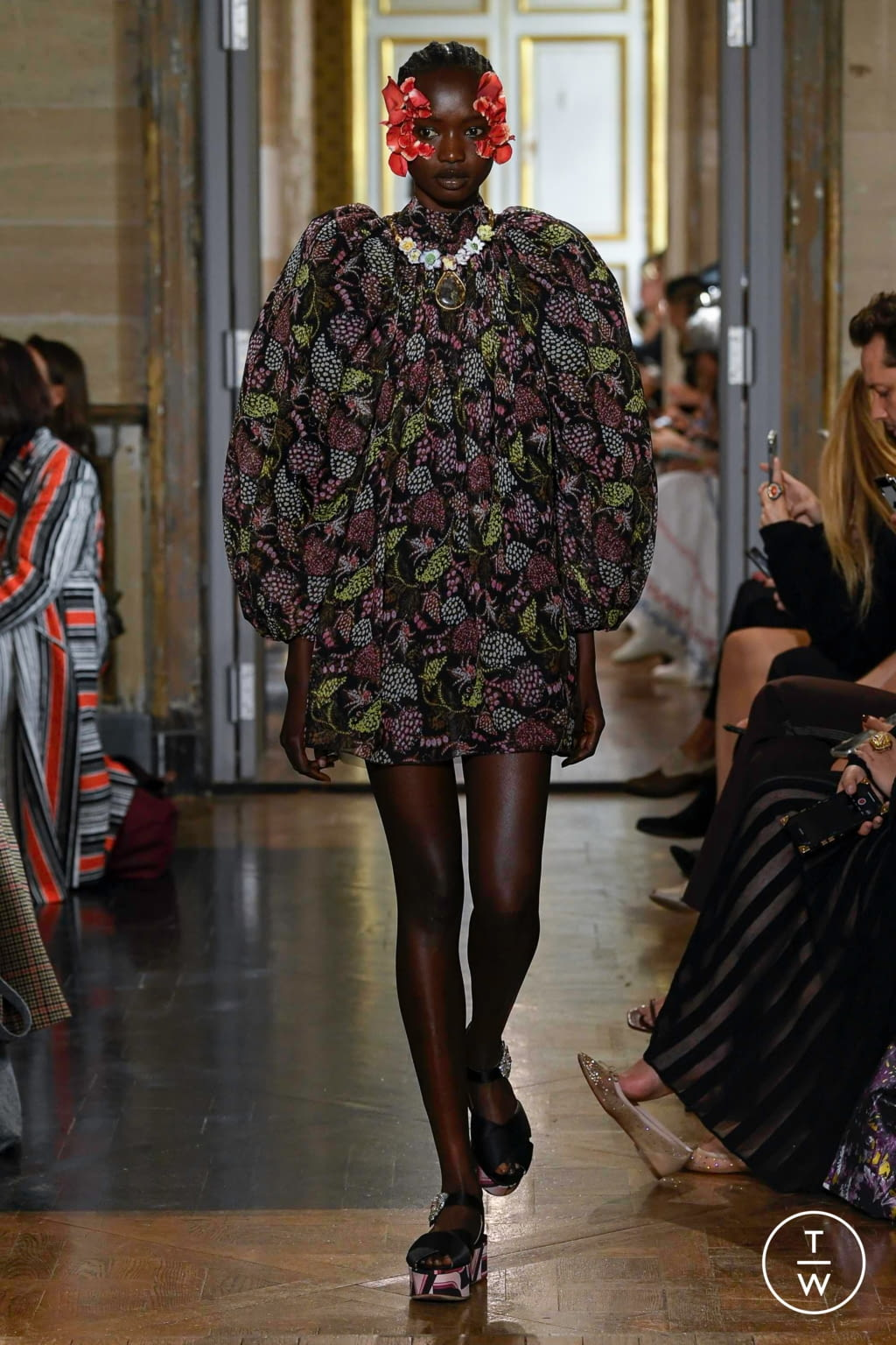 Fashion Week Paris Spring/Summer 2020 look 33 from the Giambattista Valli collection womenswear