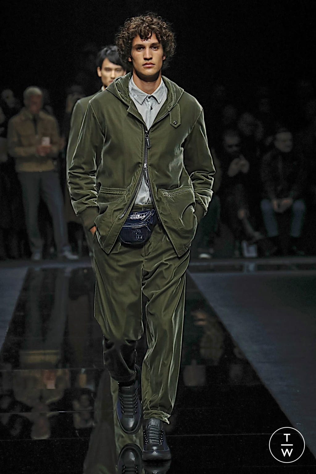 Fashion Week Milan Fall/Winter 2020 look 35 from the Giorgio Armani collection menswear
