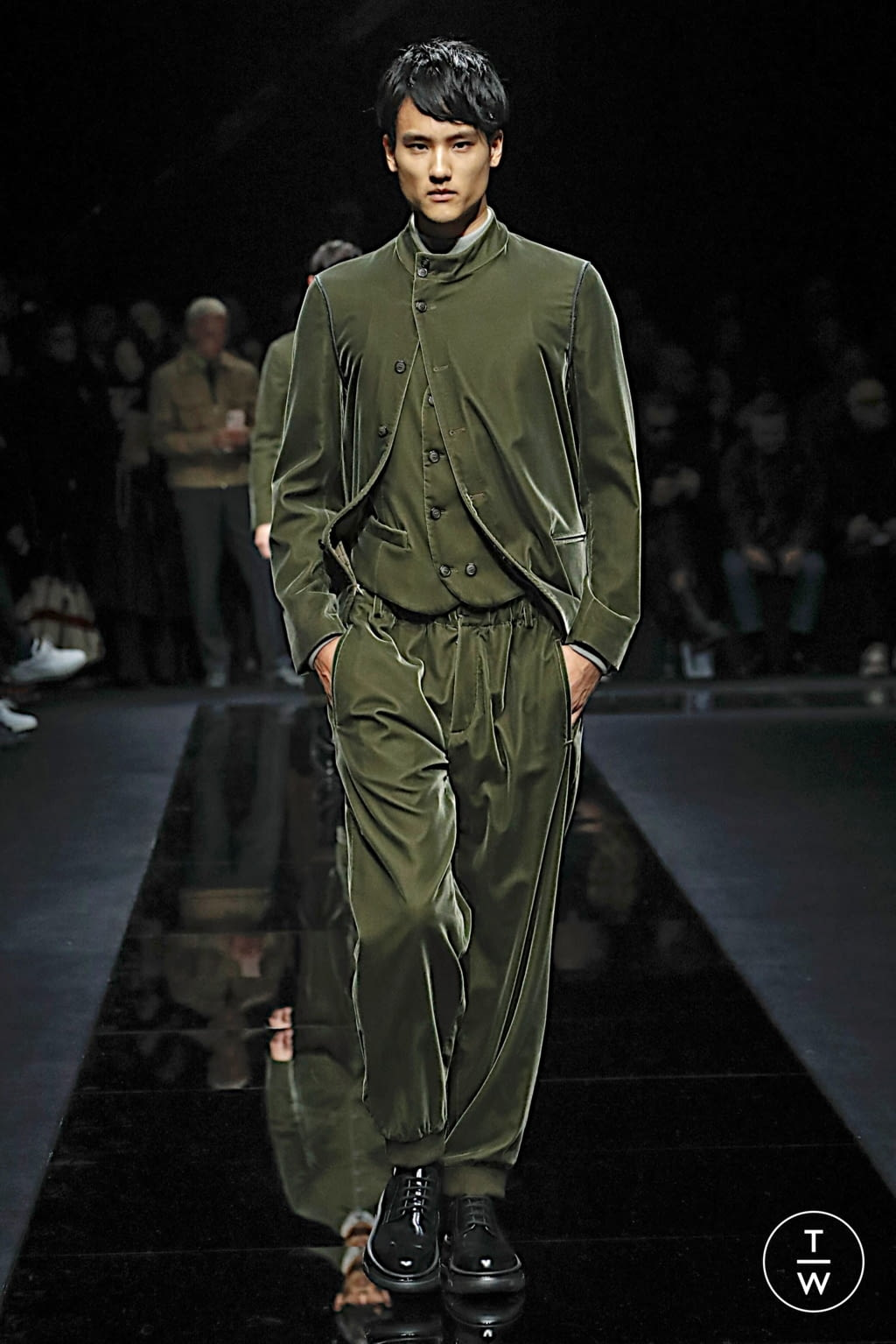 Fashion Week Milan Fall/Winter 2020 look 36 from the Giorgio Armani collection menswear