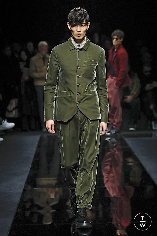 Fashion Week Milan Fall/Winter 2020 look 41 from the Giorgio Armani collection menswear