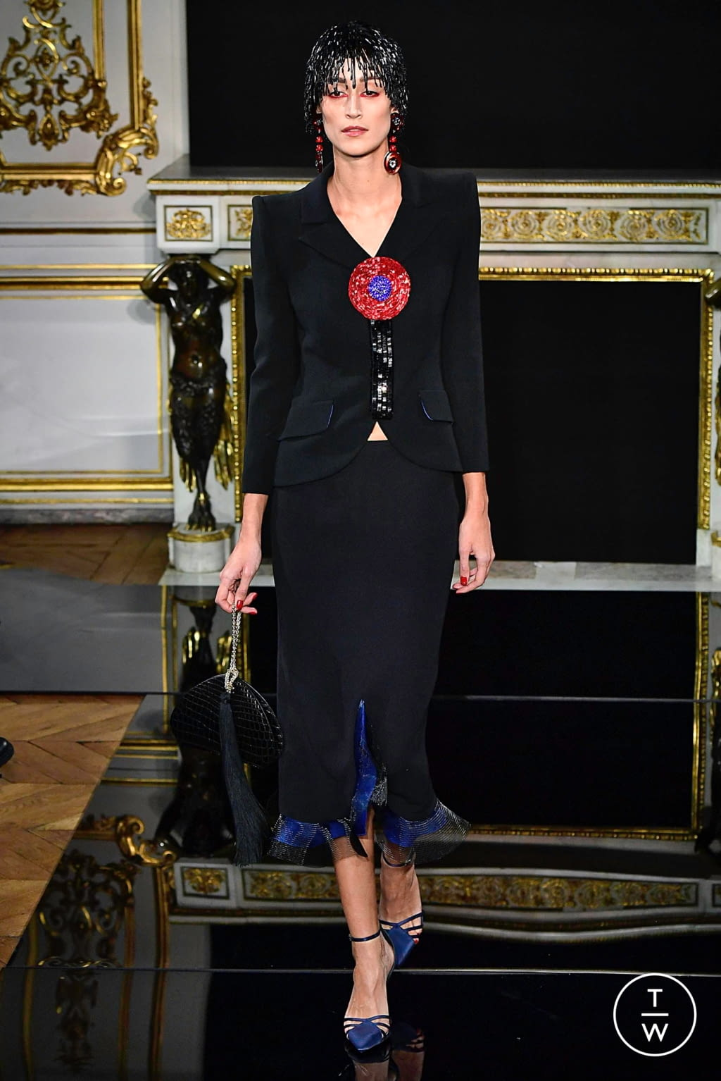 Fashion Week Paris Spring/Summer 2019 look 15 from the Giorgio Armani Privé collection couture