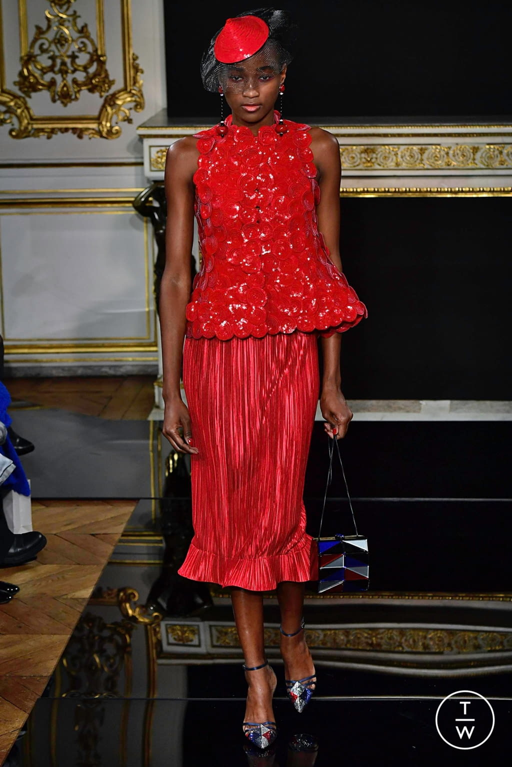 Fashion Week Paris Spring/Summer 2019 look 20 from the Giorgio Armani Privé collection couture