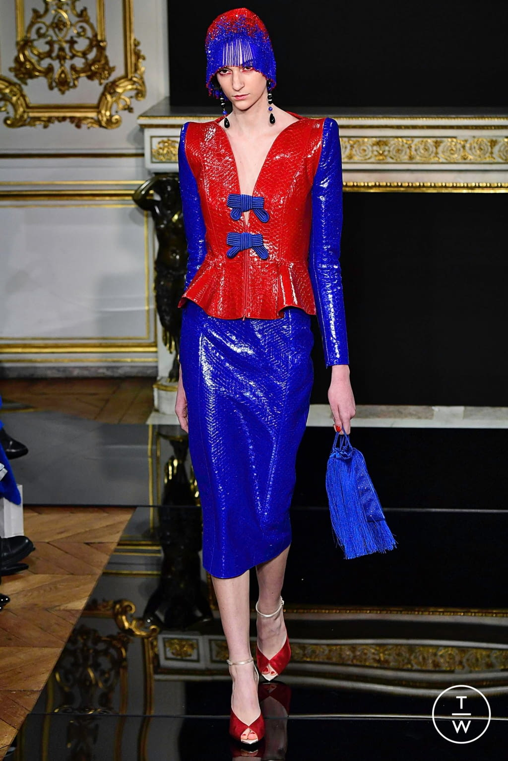 Fashion Week Paris Spring/Summer 2019 look 30 from the Giorgio Armani Privé collection couture