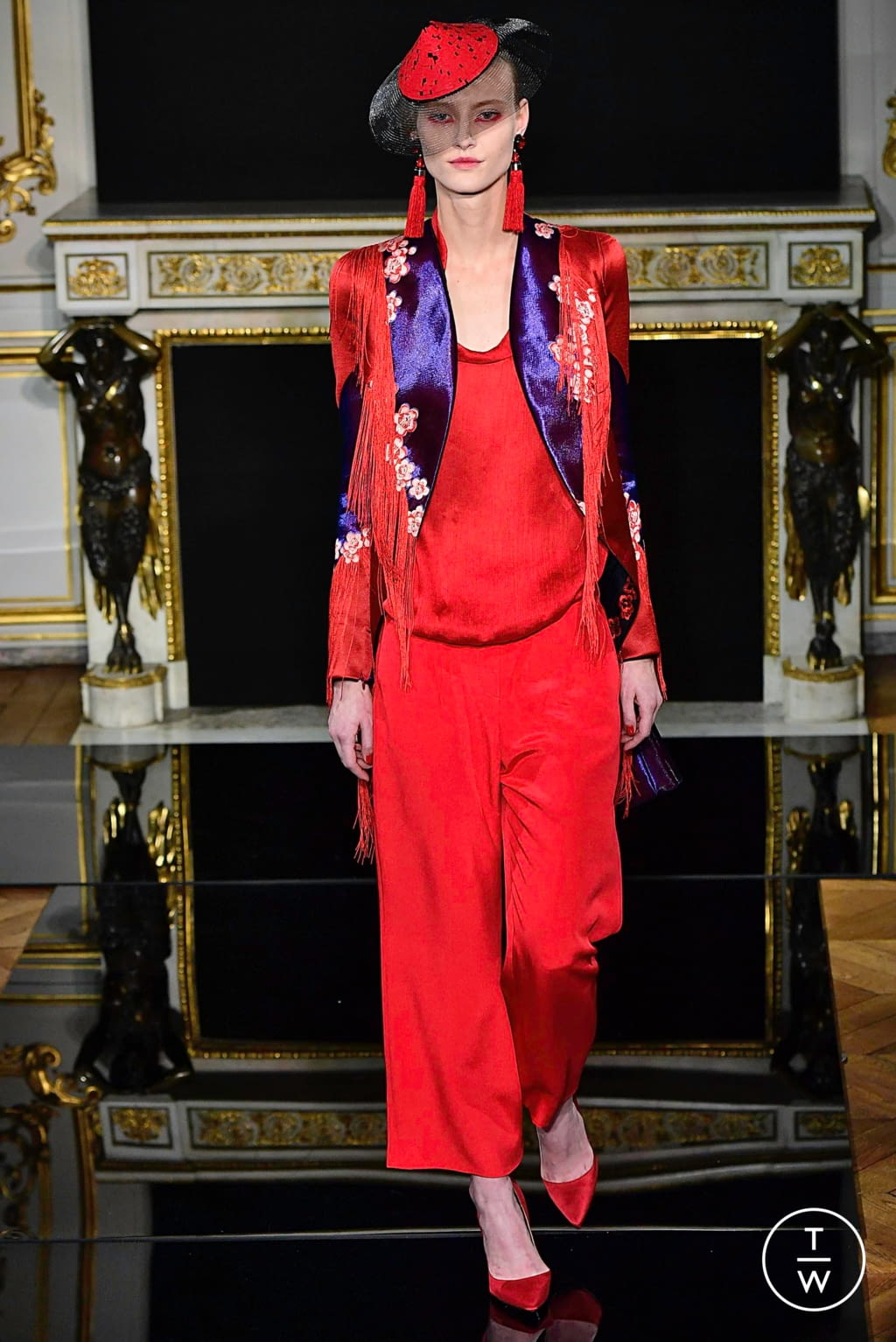 Fashion Week Paris Spring/Summer 2019 look 47 from the Giorgio Armani Privé collection couture