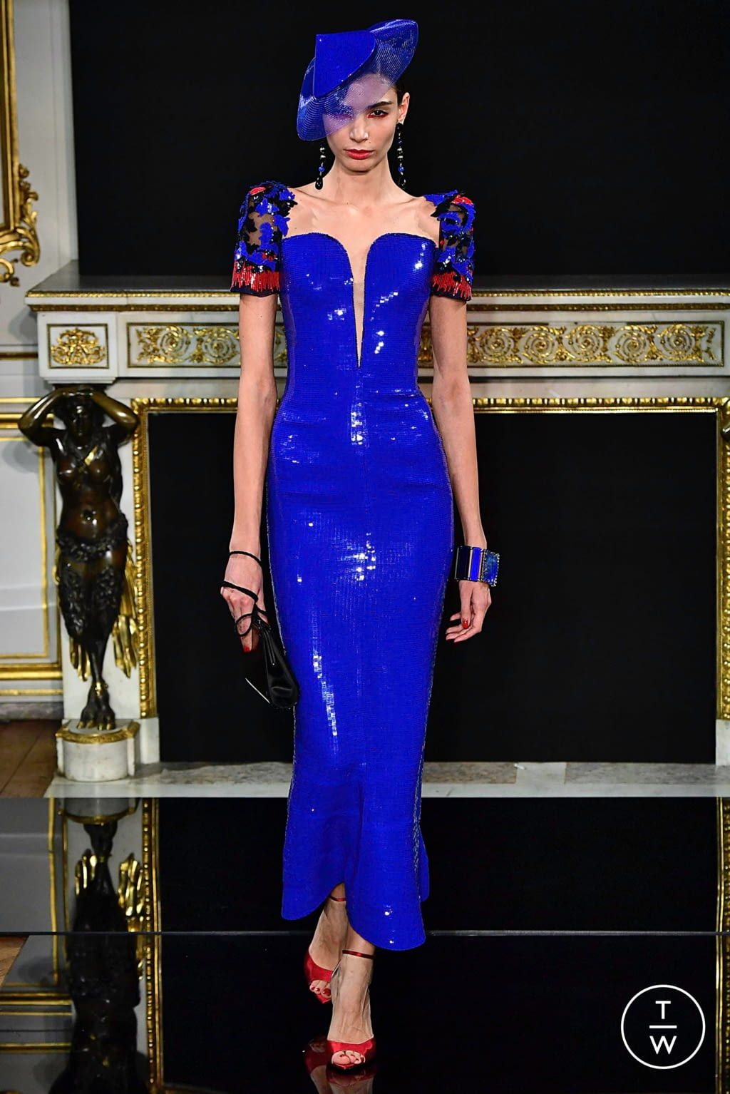 Fashion Week Paris Spring/Summer 2019 look 52 from the Giorgio Armani Privé collection couture