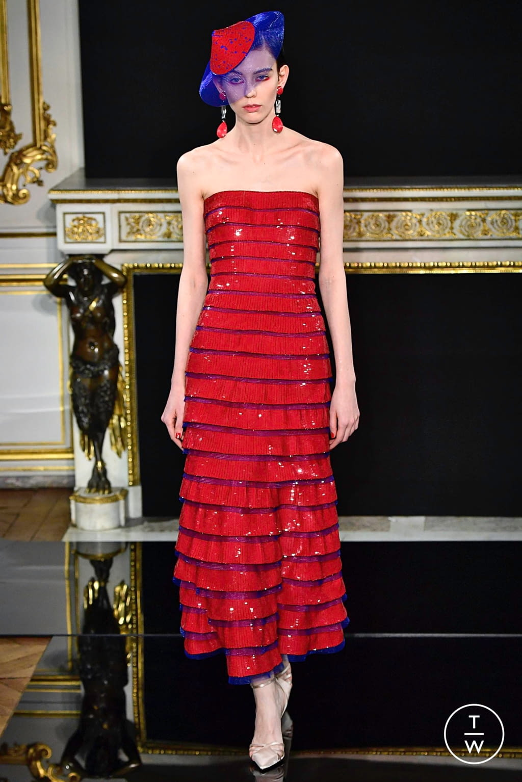 Fashion Week Paris Spring/Summer 2019 look 61 from the Giorgio Armani Privé collection couture