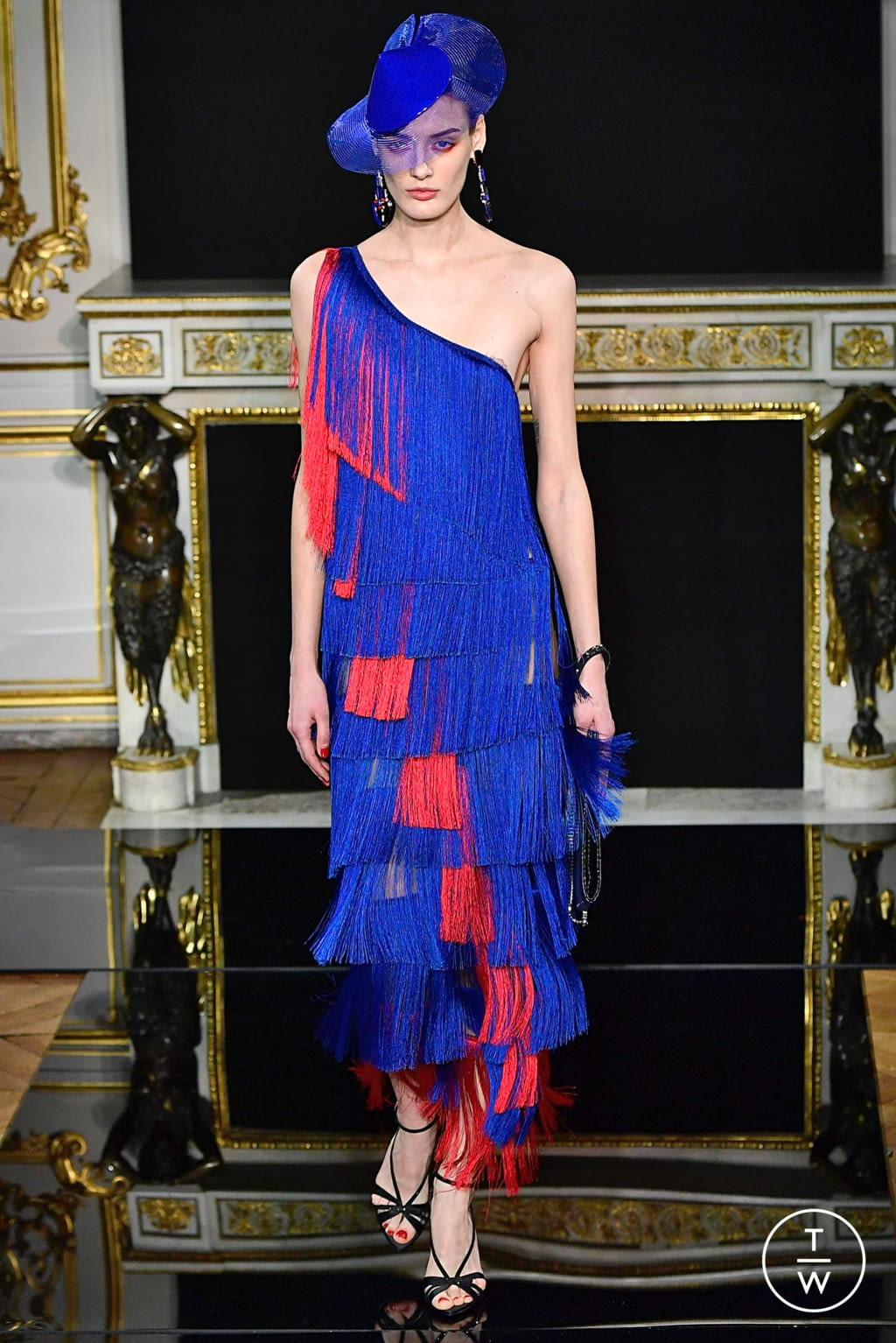 Fashion Week Paris Spring/Summer 2019 look 70 from the Giorgio Armani Privé collection couture