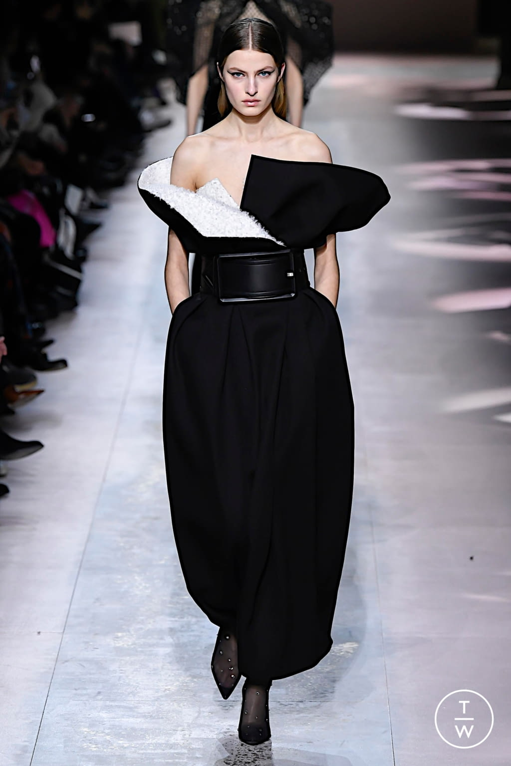 Givenchy SS20 couture 20   The Fashion Search Engine   TAGWALK