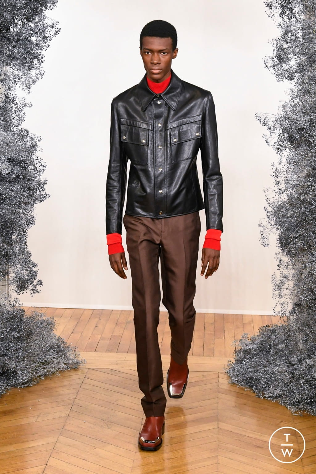 Fashion Week Paris Fall/Winter 2020 look 5 from the Givenchy collection 男装