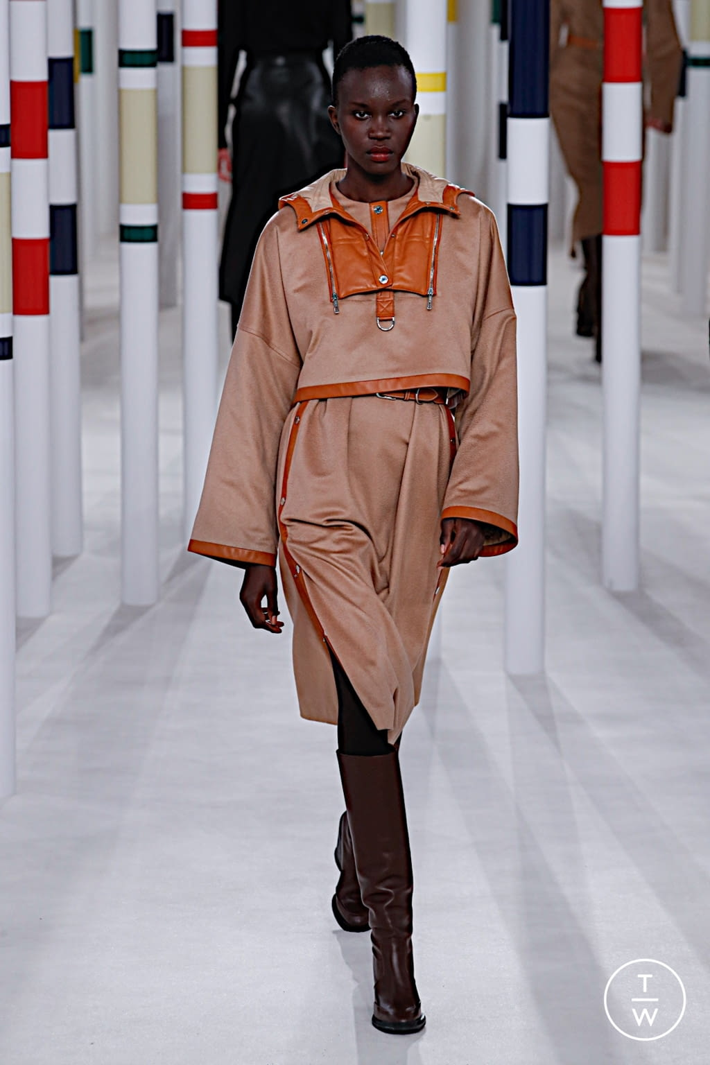 Fashion Week Paris Fall/Winter 2020 look 35 from the Hermès collection womenswear