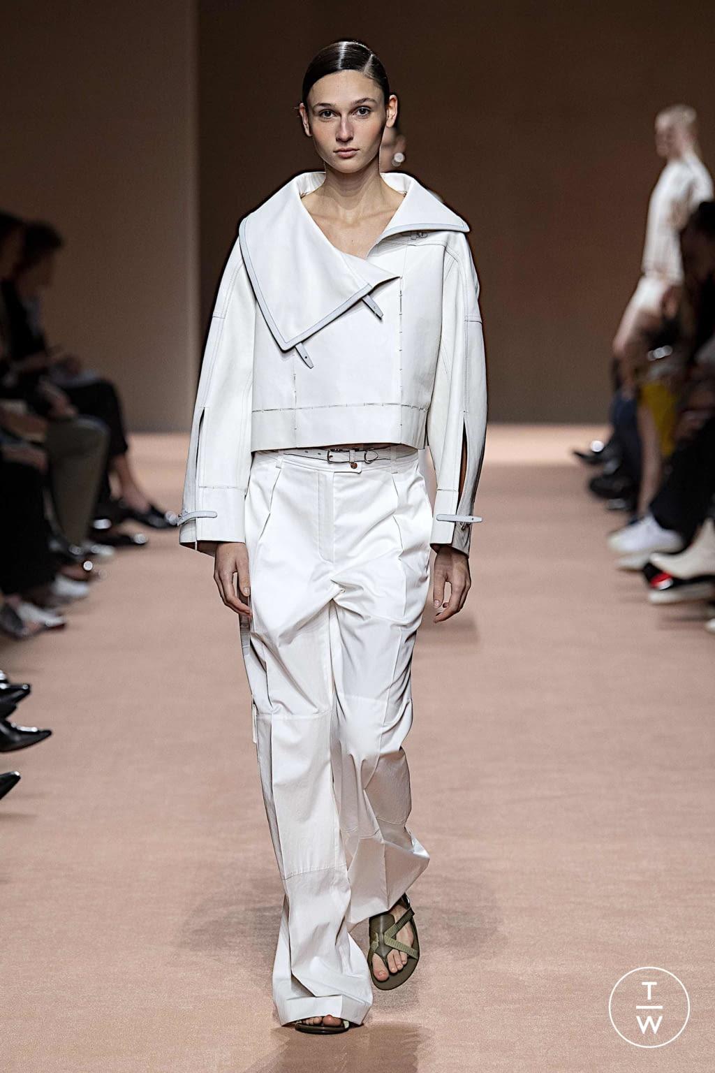 Abiti Da Sera Hermes.Hermes Ss20 Womenswear 44 The Fashion Search Engine Tagwalk