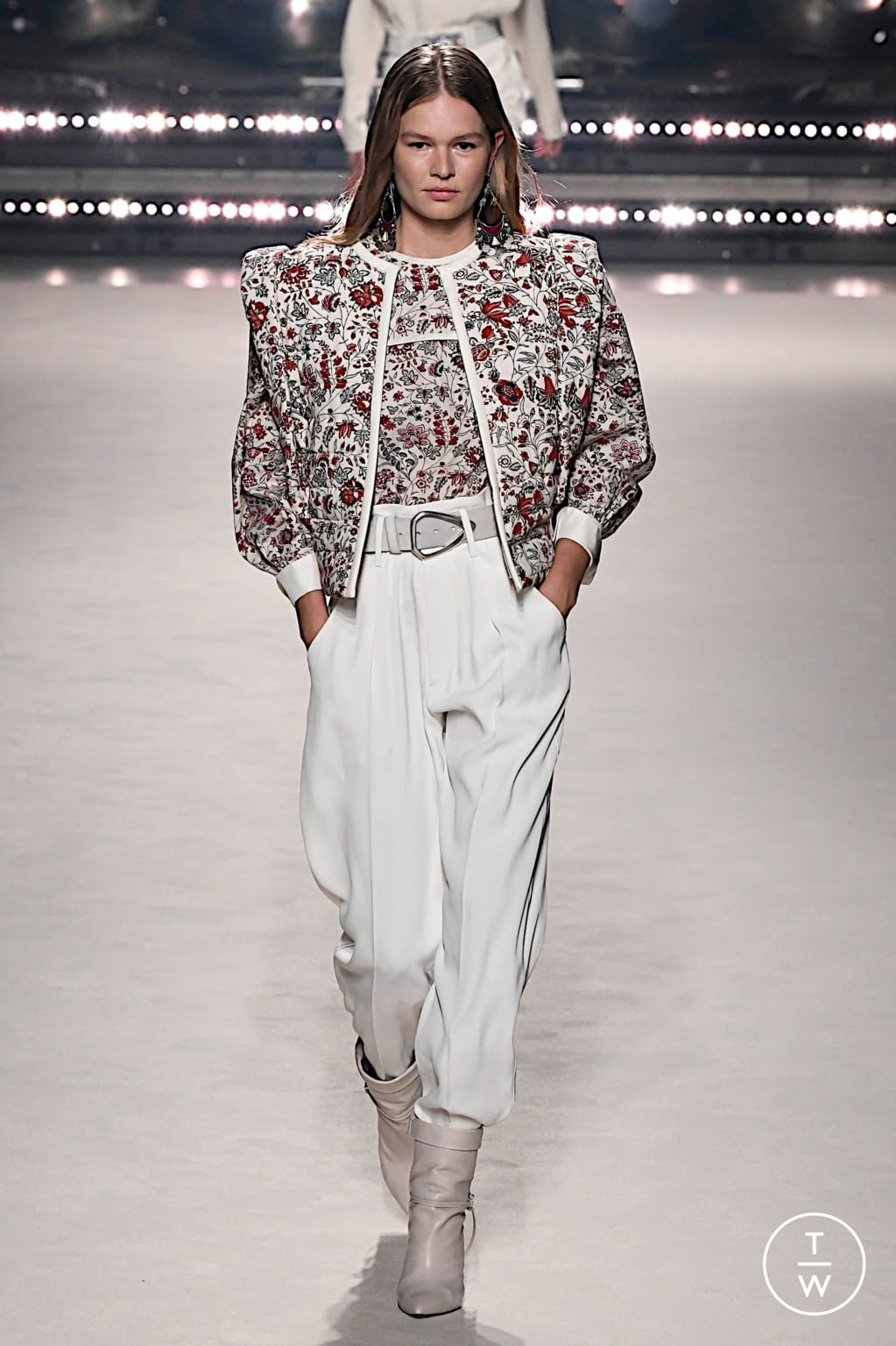 Fashion Week Paris Fall/Winter 2020 look 2 from the Isabel Marant collection womenswear