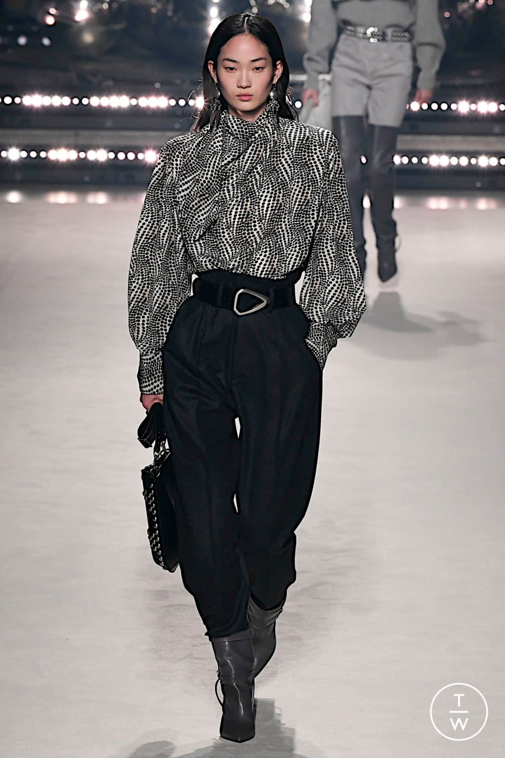 Fashion Week Paris Fall/Winter 2020 look 15 from the Isabel Marant collection 女装