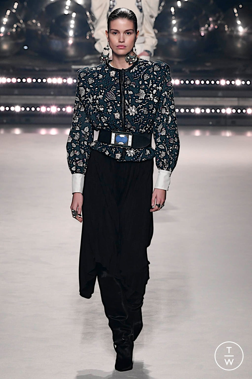 Fashion Week Paris Fall/Winter 2020 look 18 from the Isabel Marant collection womenswear