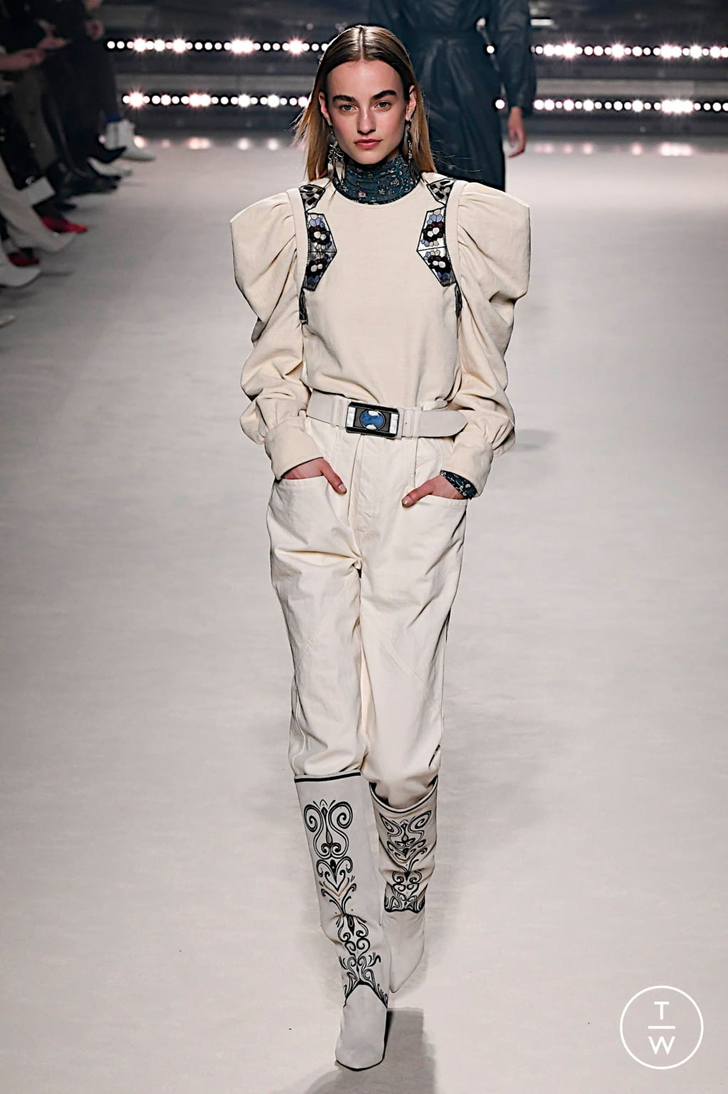 Fashion Week Paris Fall/Winter 2020 look 19 from the Isabel Marant collection womenswear