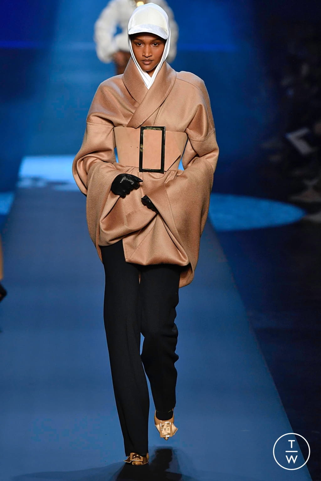 Fashion Week Paris Fall/Winter 2019 look 6 from the Jean Paul Gaultier collection couture