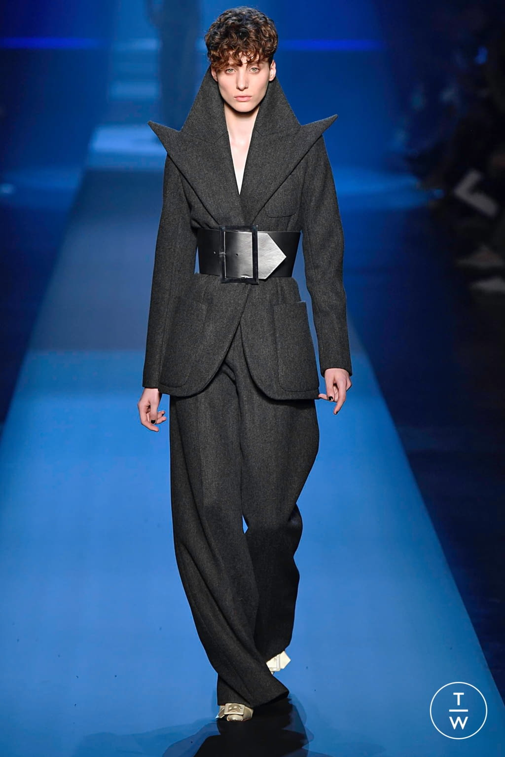 Fashion Week Paris Fall/Winter 2019 look 11 from the Jean Paul Gaultier collection couture