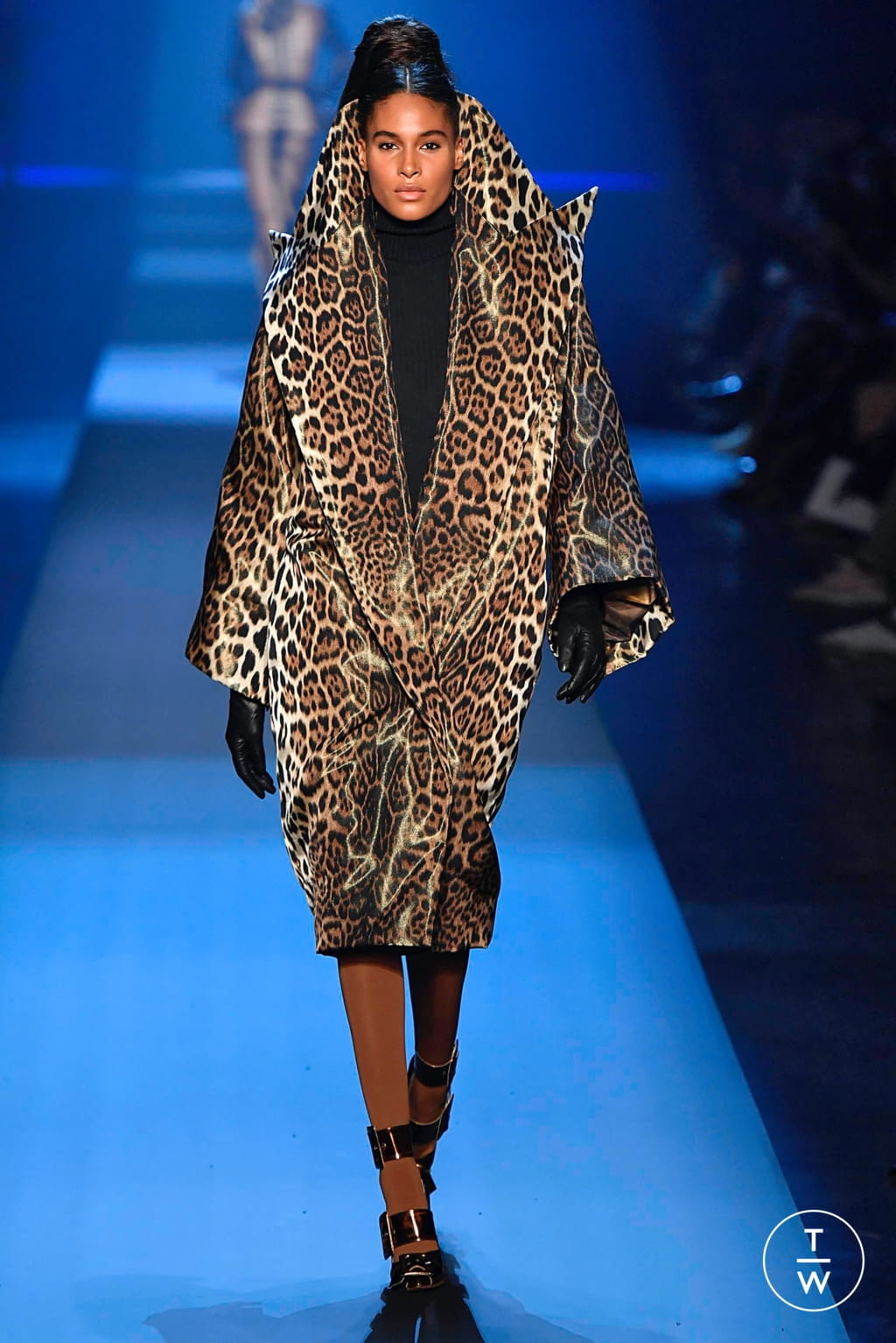 Fashion Week Paris Fall/Winter 2019 look 15 from the Jean Paul Gaultier collection couture