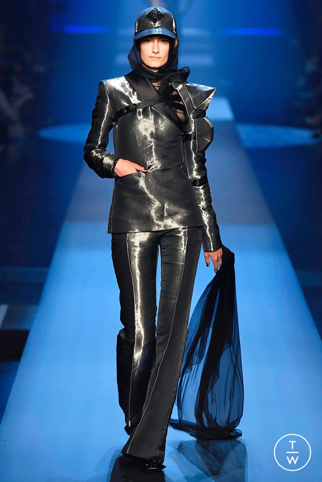 Fashion Week Paris Fall/Winter 2019 look 28 from the Jean Paul Gaultier collection couture
