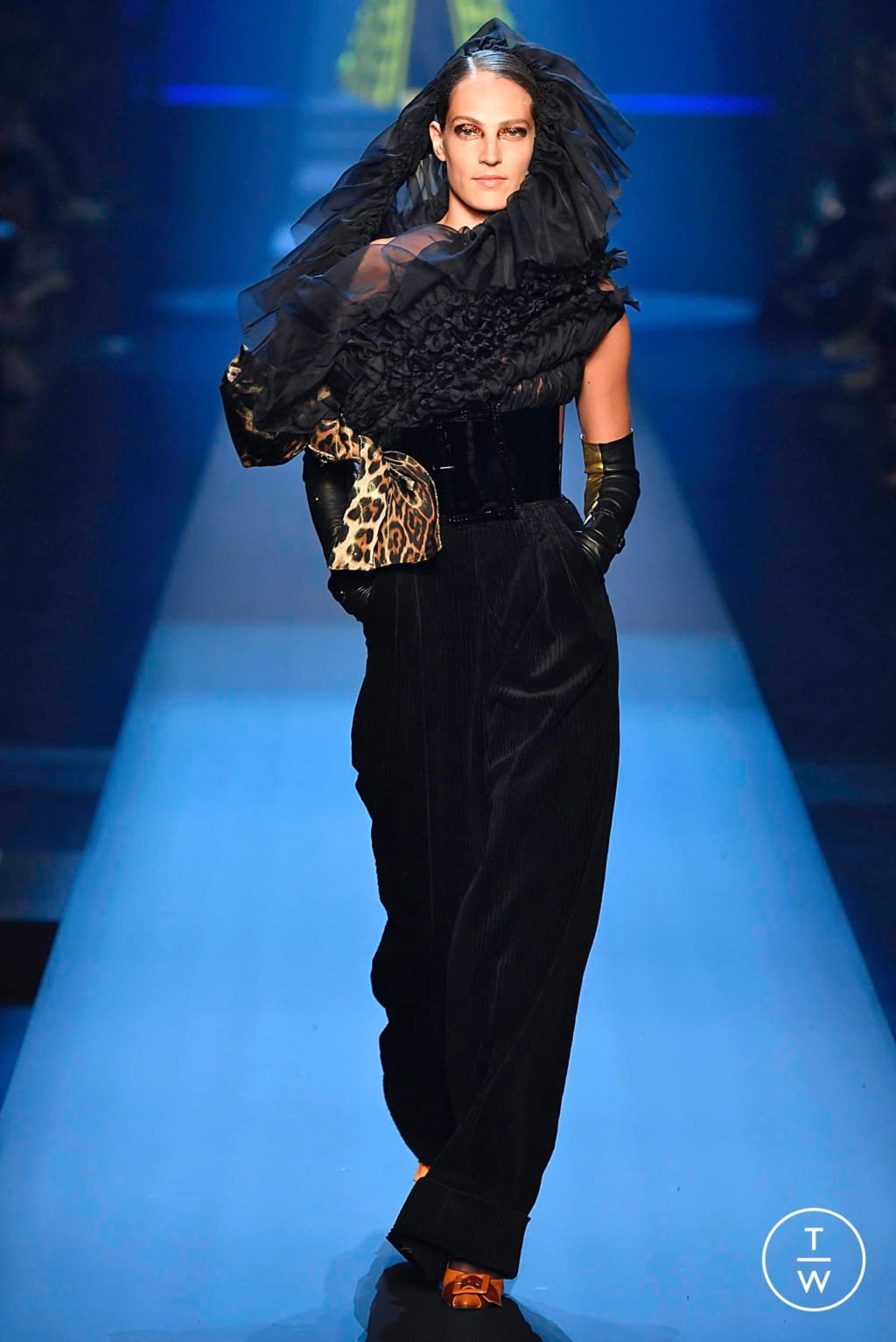 Fashion Week Paris Fall/Winter 2019 look 29 from the Jean Paul Gaultier collection couture